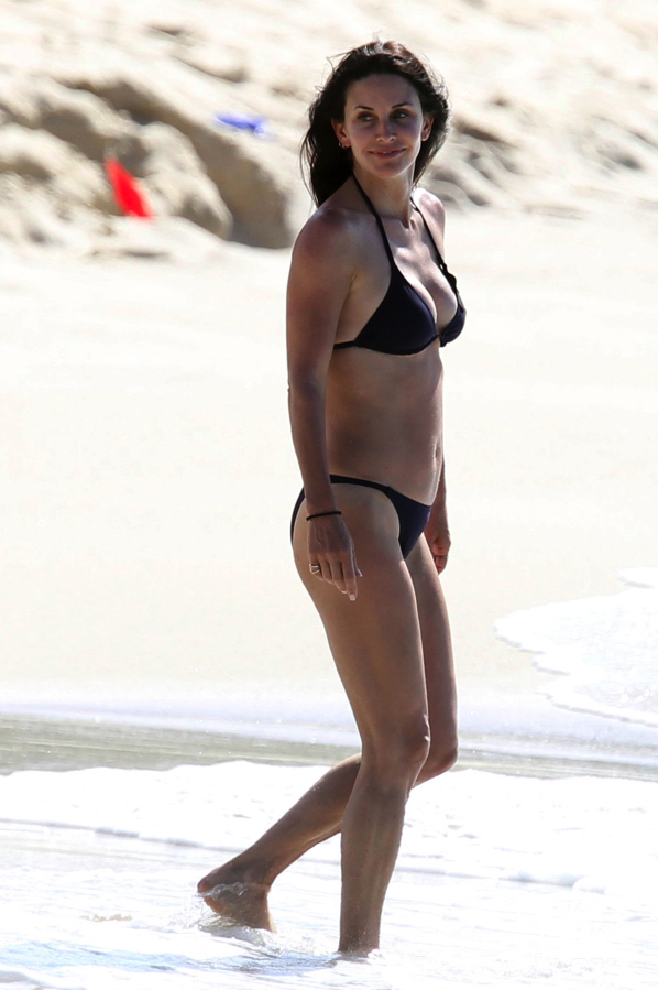 Courteney Cox Black Bikini