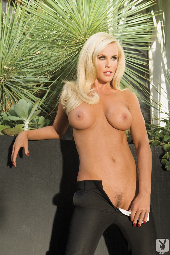 Jenny Mccarthy Big Boobs